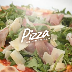 luigis-background_pizza_closeup